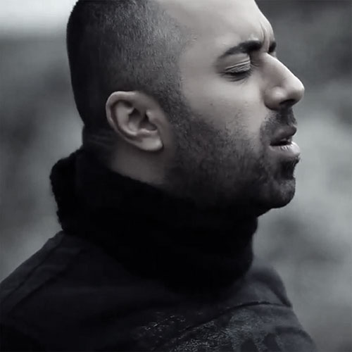 دانلود آهنگ دیگه هیچکیو ندارم از یاسر محمودی